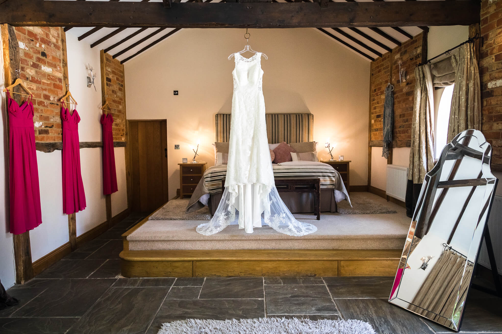 rivervale-barn-bridal-suite
