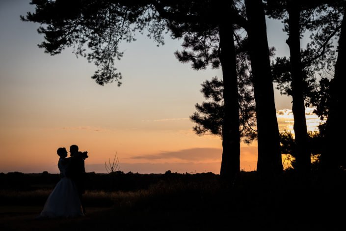 sunset wedding photography lauren mitchell