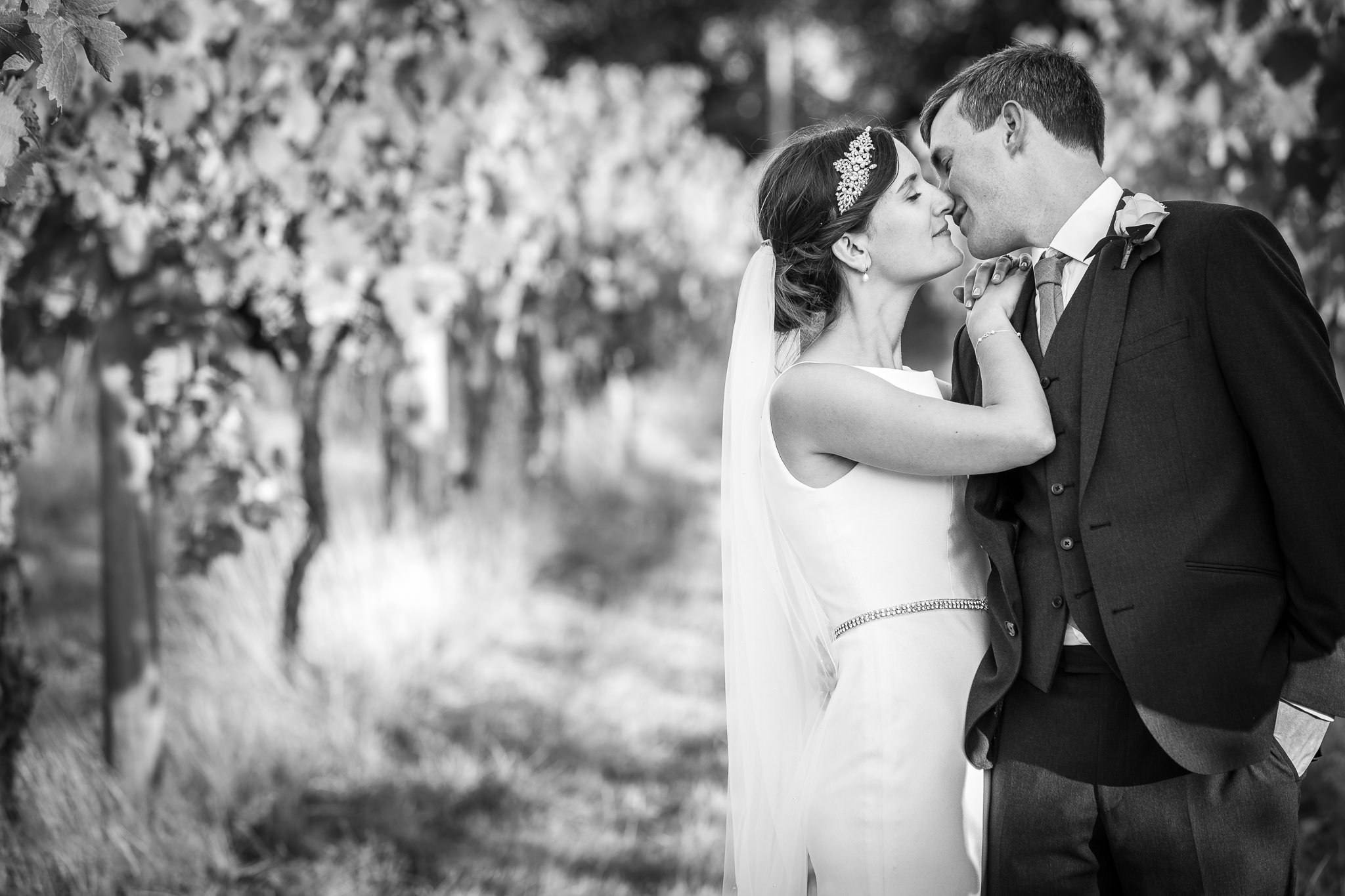 wedding-photographer-stanlake-park