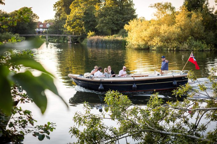 boat-ride-great-house-sonning