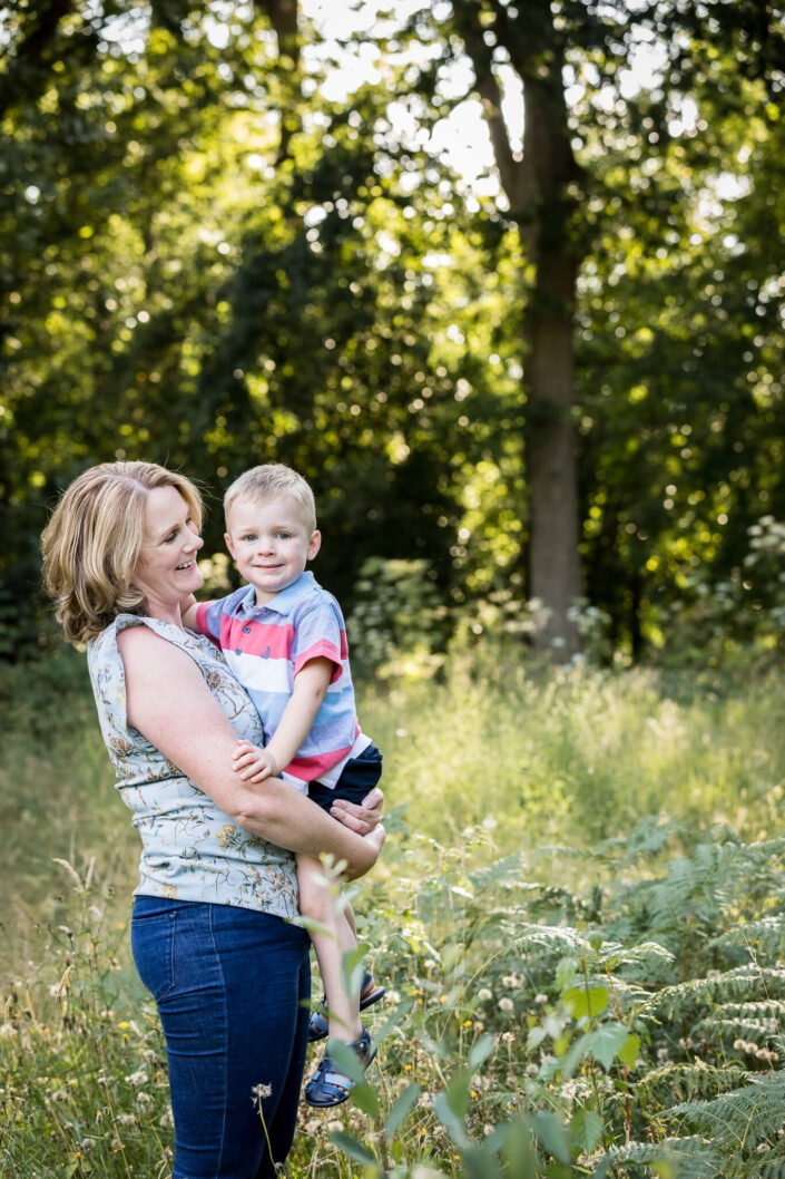 natural family photographer berkshire