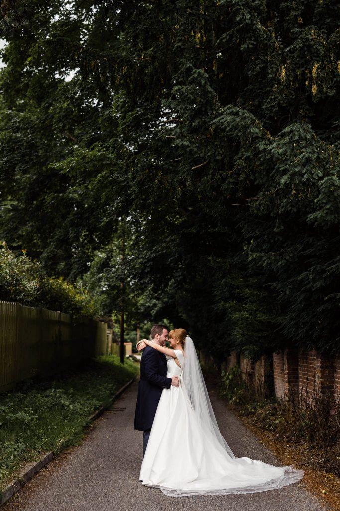 olde bell in hurley wedding photographer